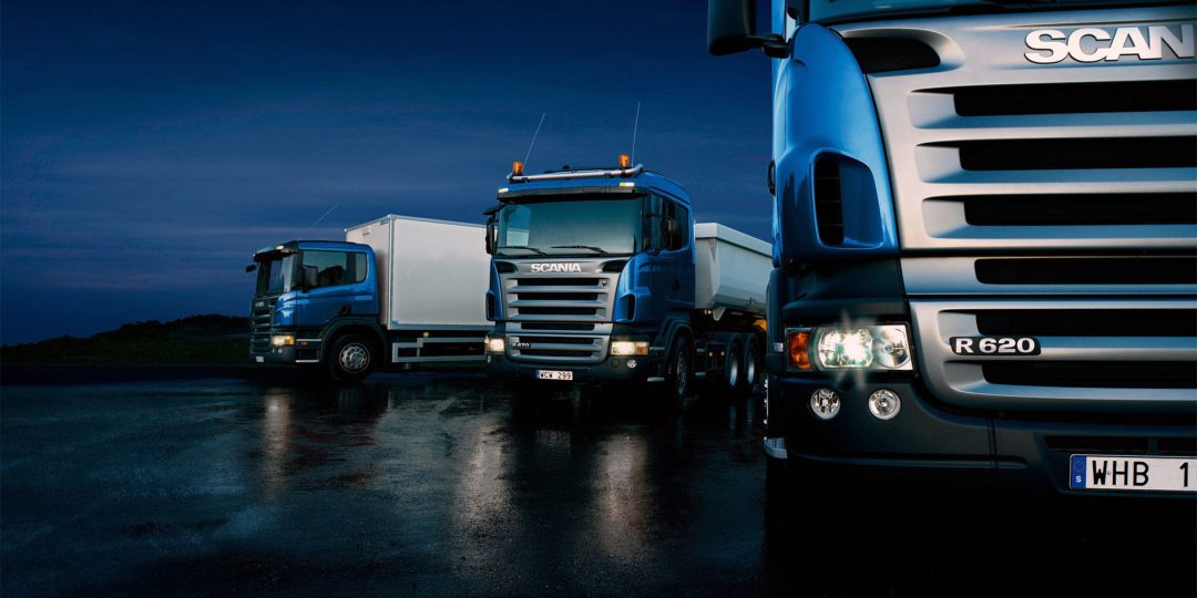 http://www.9000airportcars.com/wp-content/uploads/2015/09/Three-trucks-on-blue-background-1080x540.jpg